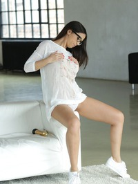 Julia Stripping 03