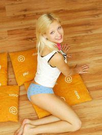 Hot Blonde With Pillows 03