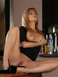 Angela Sommers Gets Naked 06