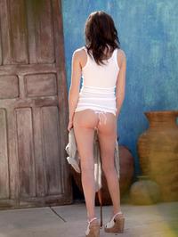 Kiera Winters Rubbing Her Perfect Pussy 05