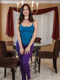 Cute Brunette Beauty Violet Starr Gets Naked 00