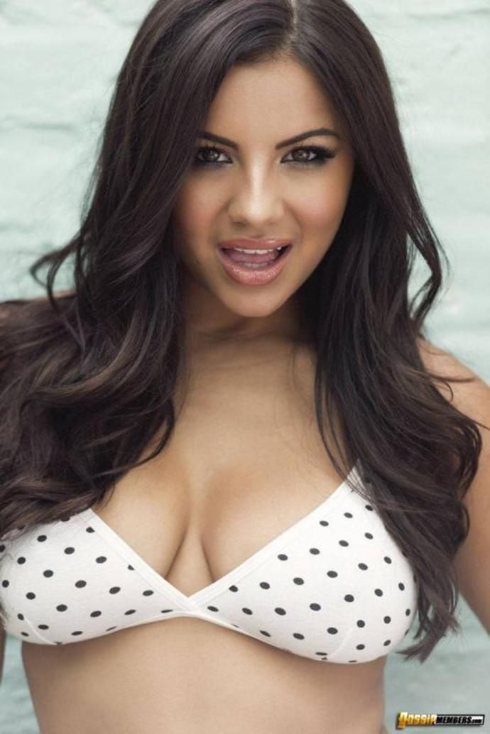 Lacey Banghard Shows Off Her Nice Breasts