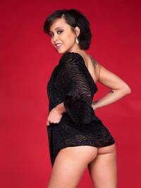 Mia Austin Posing Naked 01