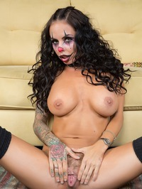 Spooky Clown Brandy Aniston Dildoing Her Twat 07