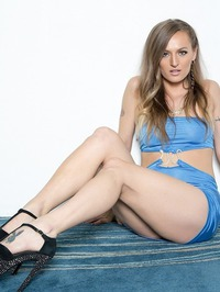 Sexy Blonde Natasha Starr Strips Off Her Blue Outfit 01