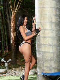 Busty Pornstar Heather Vahn Plays With Her Dildo 01