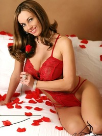 Anita Dark Posing In Sexy Red Lingerie 00