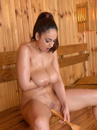 Big Breasted Sandra Milka Plays With Her Pussy 19