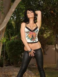 Destiny Dixon Strips Out Of Her Black Pants 00