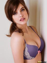 Hungarian Beauty Palvin Barbara 02
