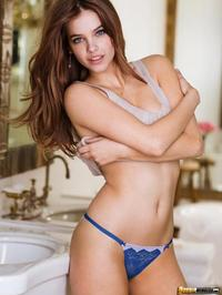 Hungarian Beauty Palvin Barbara 08