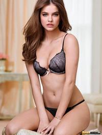 Hungarian Beauty Palvin Barbara 12