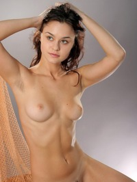 Gysera Naked In The Studio 03