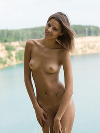Slim Brunette Sandra Lauver Naked In The Nature 14