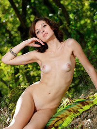 Florina Poses Naked In The Nature 07