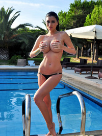 Lilly Roma Poses Naked Only For You 13