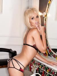 Gemma Hiles Shows Off Her Big Tits 00