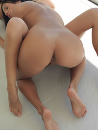 Naked Lesbians Jessie And Tamaya 07