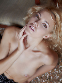 Erotic Blonde Lilly 04