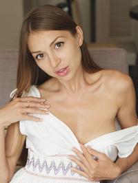 Leila Mazz Stripping And Spreadding 02