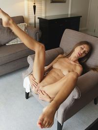 Leila Mazz Stripping And Spreadding 08