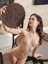 Sexy Brunette Beauty Lilian Naked In The Kitchen 11