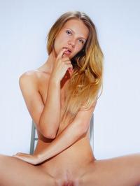 Presenting Elina De Leon 06