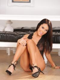 Megan Rain 05