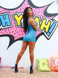 Big Boobed Latina Babe August Taylor Strips And Spreads 02