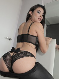 Jadee Presleyy Sexy Young Slut In Hot Lingerie 02