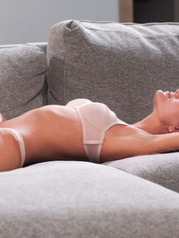 Lindsey Gets Horny In The Couch 03