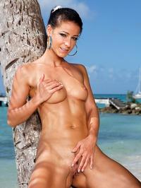 Melisa Mendiny Nude On The Beach 04