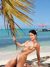 Melisa Mendiny Nude On The Beach 14