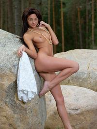 Naked Babe Dominika Dark Spreading 05