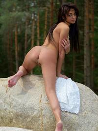 Naked Babe Dominika Dark Spreading 07