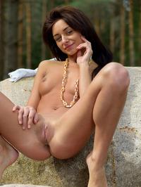 Naked Babe Dominika Dark Spreading 12