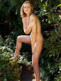 Ashlynn B Naked Outdoor 05