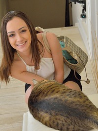Lily Shows Her Shaved Pussy 07