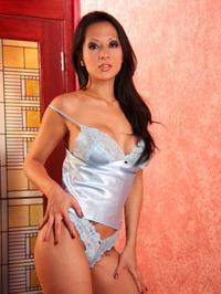 Gianna Lynn Lingerie Stripping 02