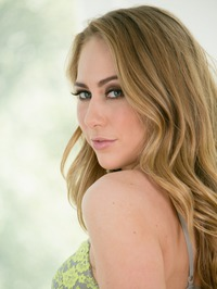 Carter Cruise Shows  Awesome Curves 03