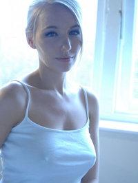 Pretty Blonde Hayley Marie Likes Art 03
