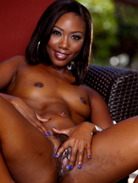 Chanell Heart Black Labia Spreading 10