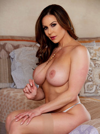 Big Boobed MILF Kendra Lust Strips Off Her Sexy Lingerie 08