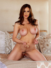 Big Boobed MILF Kendra Lust Strips Off Her Sexy Lingerie 16
