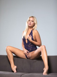 Amazing Blonde Cayla Lyons Plays With Her Toy 04