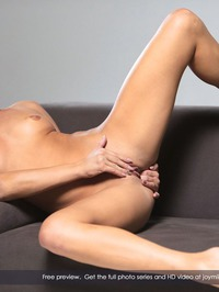Amazing Blonde Cayla Lyons Plays With Her Toy 10