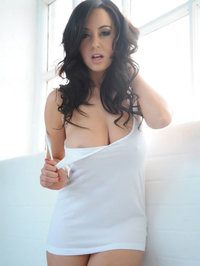 Lindsey Strutt Awesome Girl Stripping 01