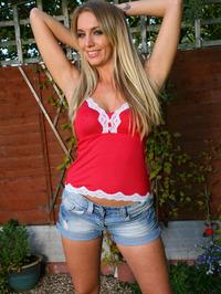 Hayley-Marie Coppin denim shorts 04