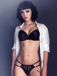 Mellisa Clarke Nude Pics 11
