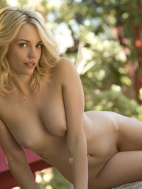 Sexy Blonde Blake Bartelli Gets Naked 17